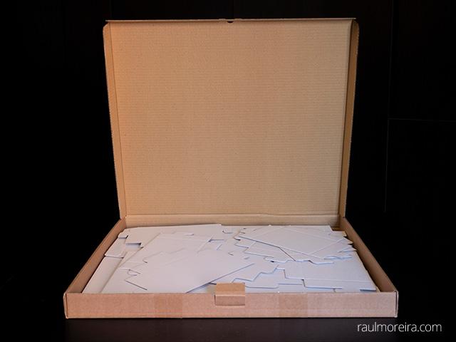 Urna publicitaria en cartón. Caja de 5 unidades.