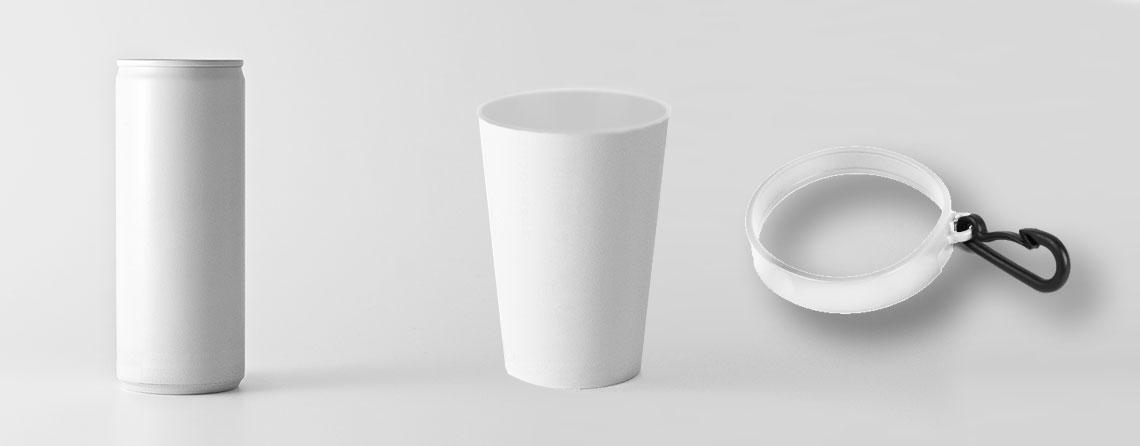 objeto de publicitario para eventos, vasos y latas de bebida