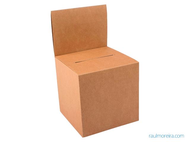 urnas de cartón para sorteos ecológica en papel kraft